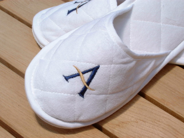 Washable & Disposable Slippers in Cotton Towelling, Velour, Waffle, Bamboo, Linen, Wool & Natural Loofah