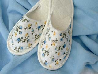 Style 326 Cottage Garden Cotton Print Slippers