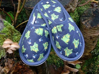 Style 327 Frogs Slippers