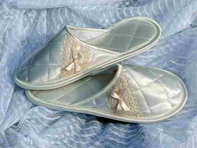 Essanti Slippers In Satin And Silk