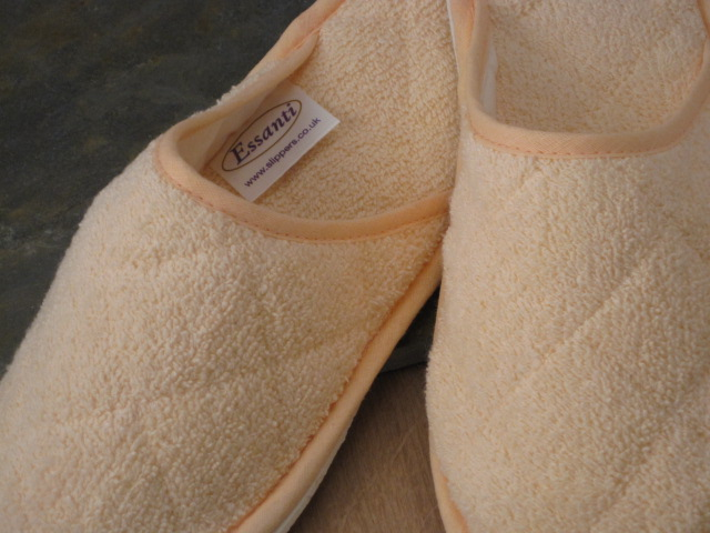 Peach Towelling Slippers
